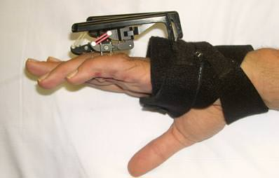 Digit Widget - to aid in the treatment of PIP flexion